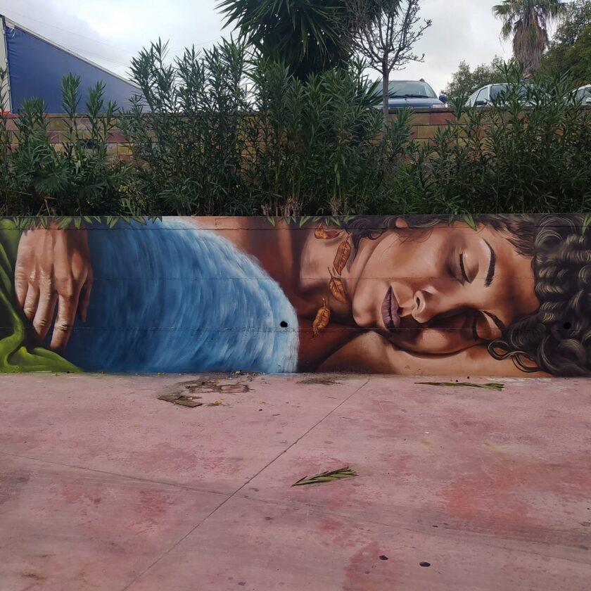 """""""Madre Natura"""", il murales con la milazzese Giusy Borelli"""
